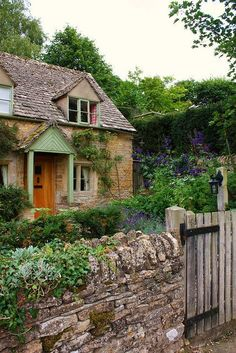 Joli cottage anglais
