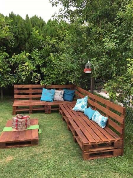 Salon de jardin en palette astuce