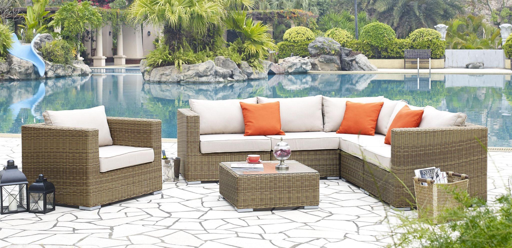 Salon de jardin table + 6 chaises en résine tressée - sunset