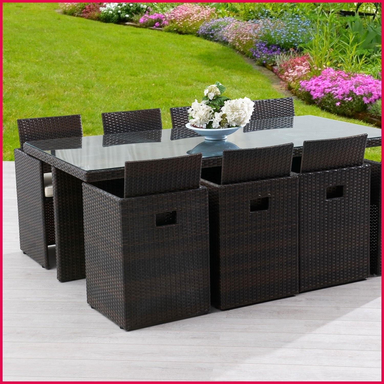 Salon de jardin table et chaises en resine